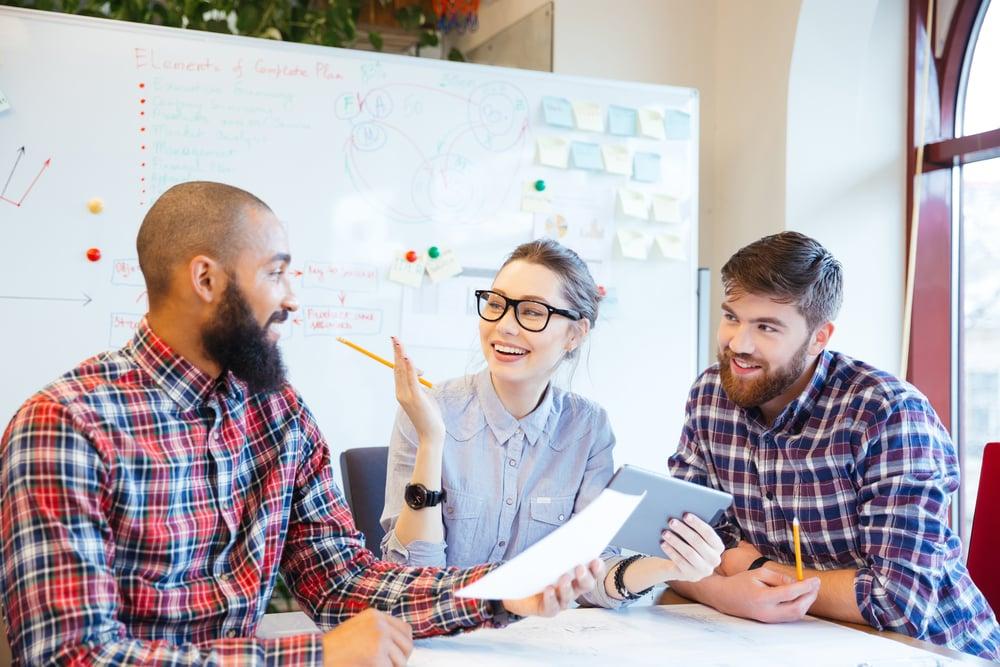 Arbeiten bei CyOne Security; Expertinnen und Experten; Benefits